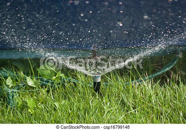 воды, разбрызгиватель - csp16799148