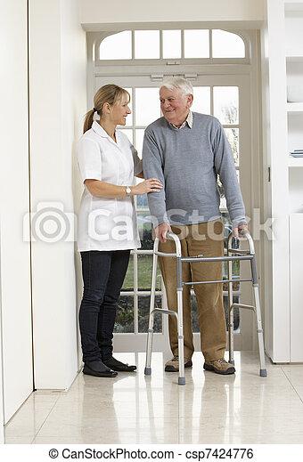 гулять пешком, сиделка, рамка, пожилой, помощь, с помощью, старшая, человек - csp7424776