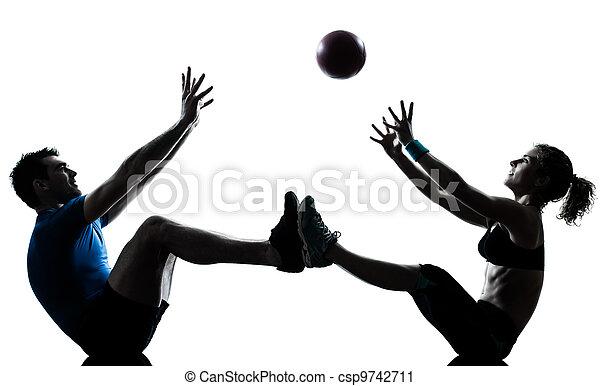 женщина, разрабатывать, tossing, exercising, мяч, фитнес, человек - csp9742711