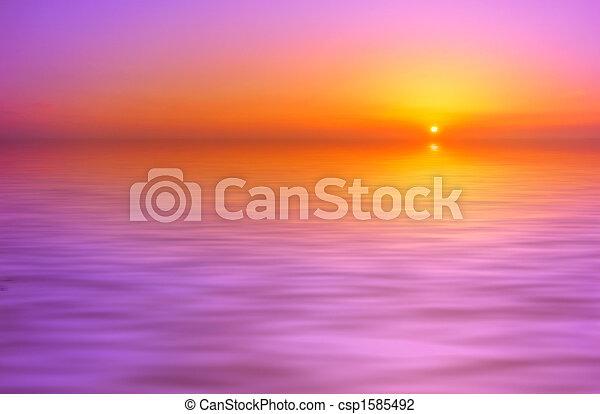 закат солнца, задний план - csp1585492