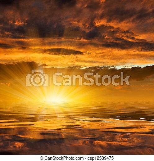 закат солнца - csp12539475