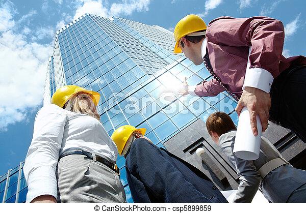 ищу, здание - csp5899859
