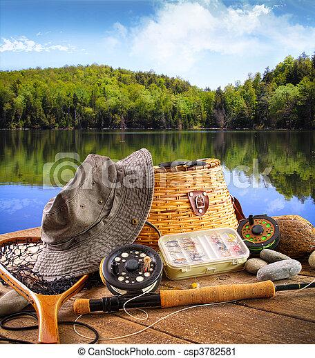 ловит рыбу, озеро, оборудование, летать - csp3782581