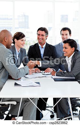 люди, успешный, руки, бизнес, международный, shaking - csp2823862