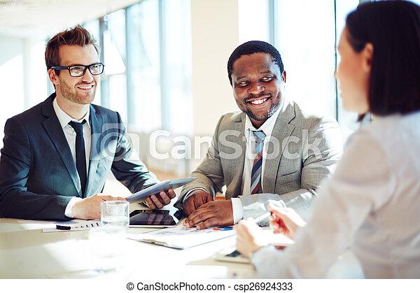 наемный рабочий, hiring - csp26924333