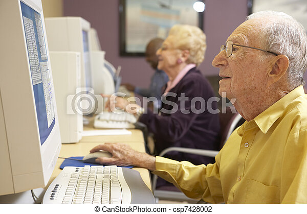 с помощью, старшая, компьютер, человек - csp7428002
