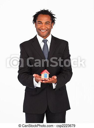 afro-american, бизнесмен, presenting, корпус, solution - csp2223679
